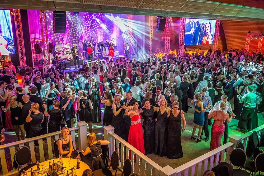 Eventfotografie - Als Eventfotograf halte ich einzigartige Momente Ihrer Veranstaltung stimmungsvoll fest. Buchen Sie mich als Ihren Eventfotografen für Ihre Veranstaltung nicht nur in Osnabrück, Oldenburg und Bremen.