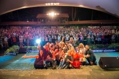 Eventfotograf-Musical-Stars-Benefiz-Gala-Lohne-Freilichtbuehne-Selfie-Gruppenbild-2014-01